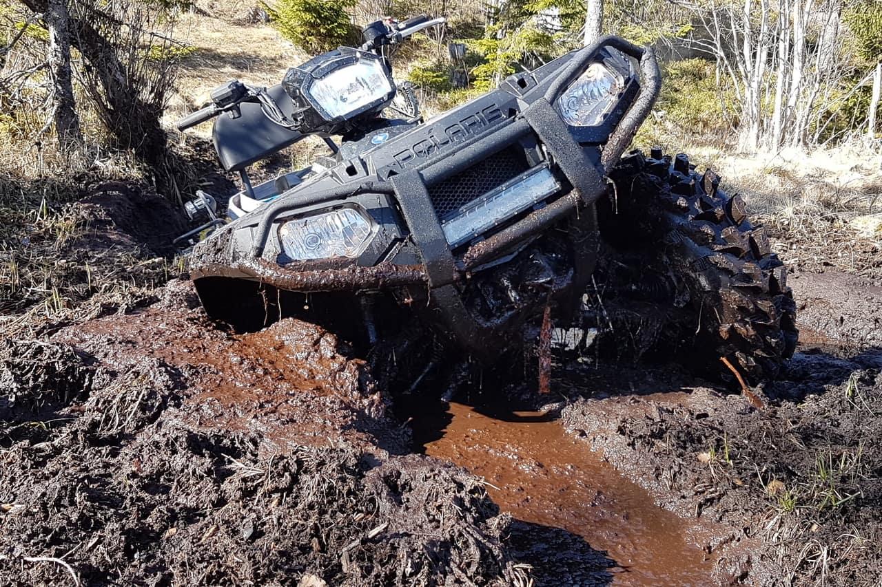26 Essential ATV mudding mods