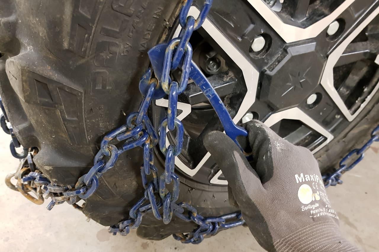 install atv tire chains boomer fastener