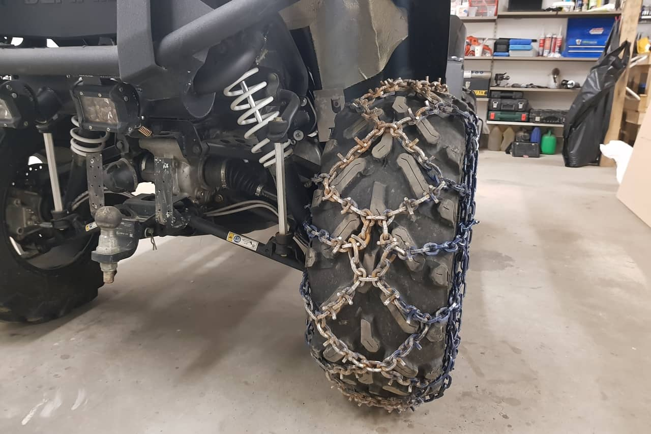 install atv tire chains finished