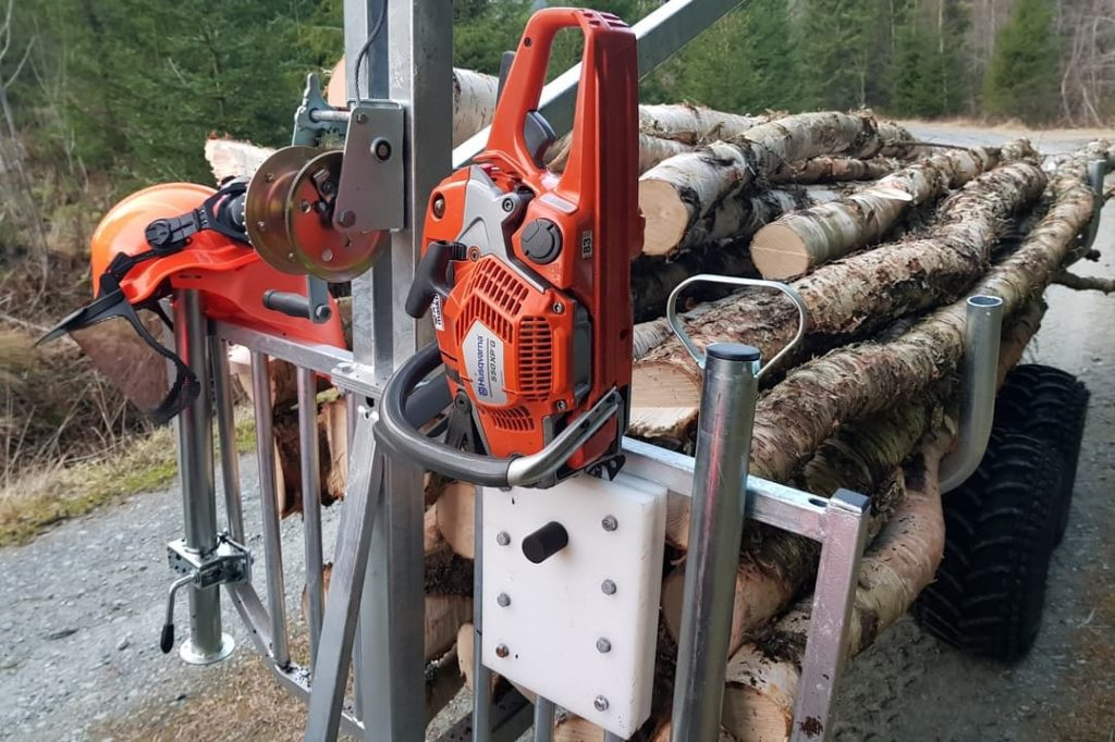 DIY chainsaw mount ATV