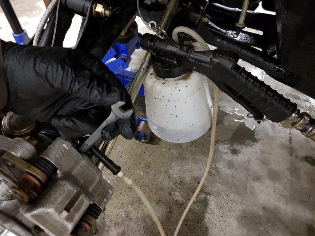 bleed atv brakes vacuum