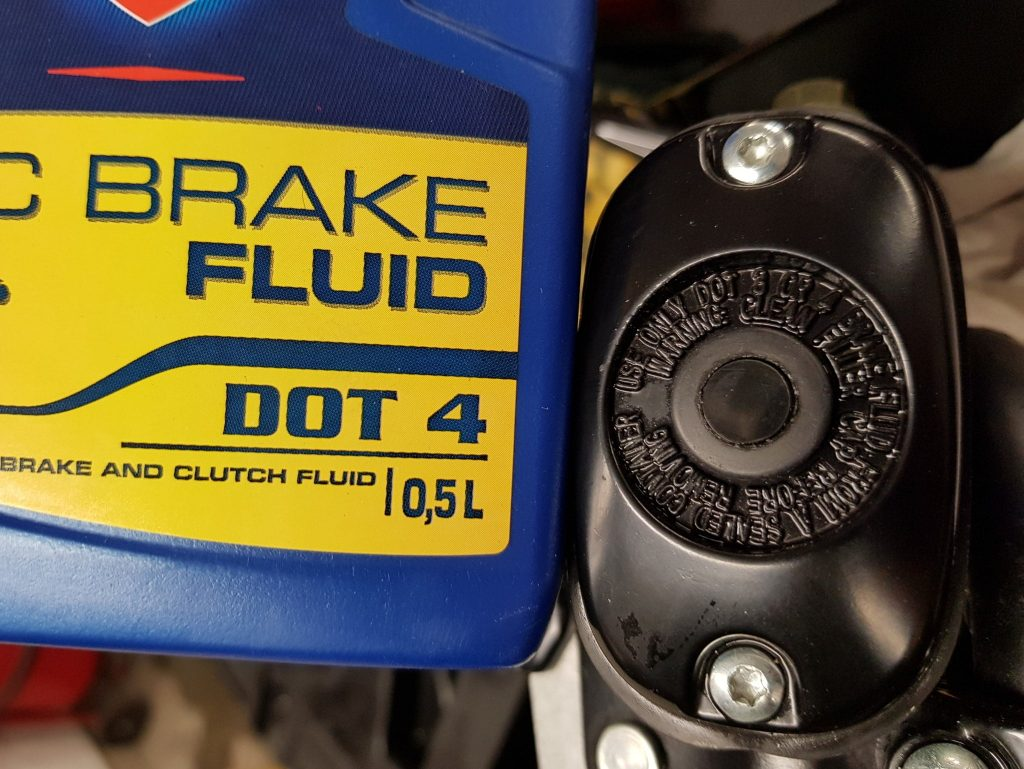 brake fluid polaris atv dot 4